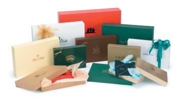 Pop-Up-Apparel-Boxes-Gloss & Matte Colors