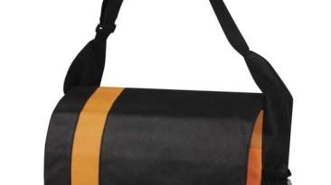 Messenger Bags: EBC909OG
