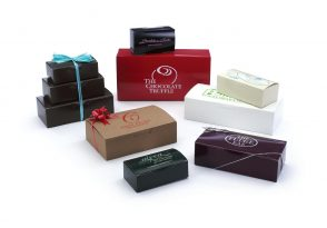 1 Piece Automatic Candy Boxes: White Gloss, Gloss Colors and Natural Kraft