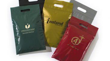 Die Cut Handle Plastic Bags with Zip Lock Closure